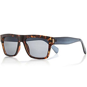 Brown tortoise flatbrow chunky sunglasses