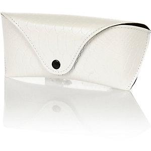 White envelope sunglasses case