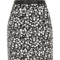 Black clover print A-line skirt