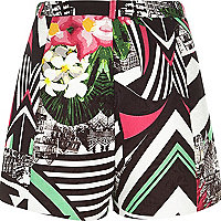 Black abstract print smart shorts