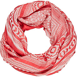 Red lightweight geo print scarf