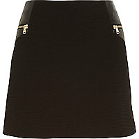 Black zip trim mini skirt