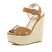 Brown high wedges