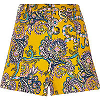 Yellow textured paisley print shorts