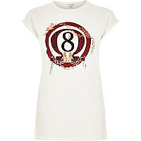 White 8 print fitted t-shirt