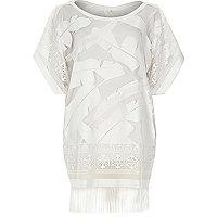 White lace leaf print fringed hem t-shirt