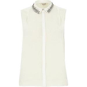 White sleeveless embellished collar shirt