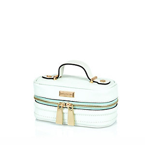 Mint green jewellery case