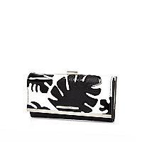 Black leaf appliqué print clip top purse