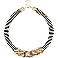 Gold tone chunky beaded short necklace