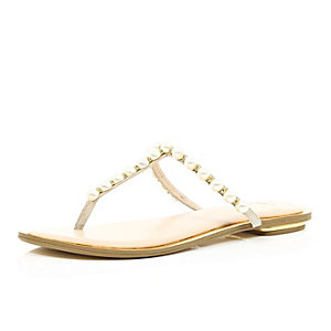 Light pink pearl strap sandals