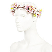 White vintage flower hair garland