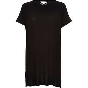 Black cross lace up back split t-shirt