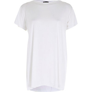 Plain white short sleeve side split t-shirt