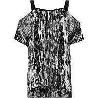 Black and white print cold shoulder top