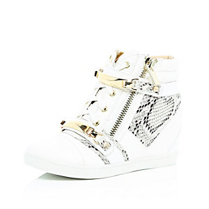 White wedge high-top trainers