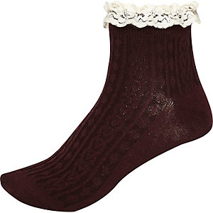 Red and cream cable knit frilly ankle socks