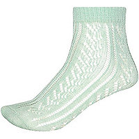 Light green pointelle ankle socks