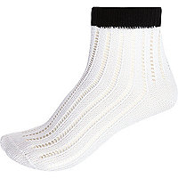 White pointelle ankle socks