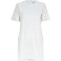 White crochet lace t-shirt dress
