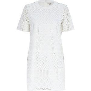White crochet lace t-shirt dress