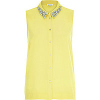 Yellow sleeveless embellished collar shirt