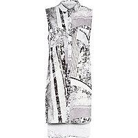 Grey print side split sleeveless shirt