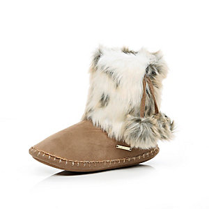 Brown suede faux-fur slipper boots