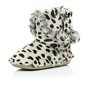Grey leopard fluffy pom pom boot slippers
