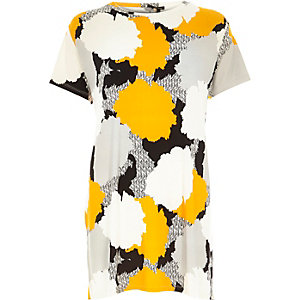 Orange abstract print oversized t-shirt