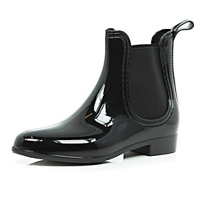 Black rubber wellington boots