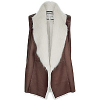 Brown faux fur sleeveless gilet