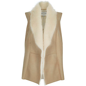 Cream plush faux fur gilet