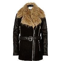 Black faux-fur collar winter coat