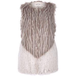 Grey faux fur sleeveless gilet