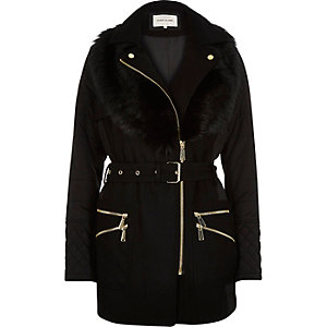 Black padded faux-fur collar jacket