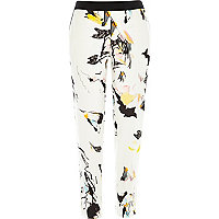 White abstract print cigarette pants