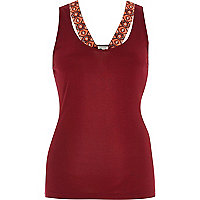 Dark red sporty printed strap vest