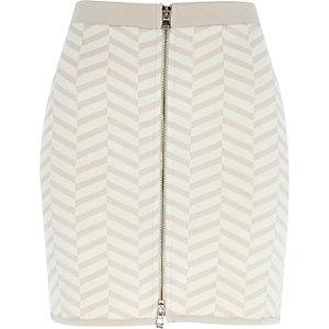 Beige chevron print mini skirt