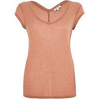 Light brown jersey V-neck t-shirt