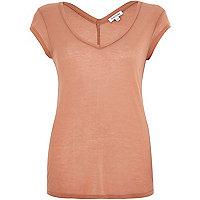 Light brown jersey V-neck t-shirt