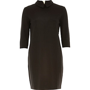 Black 3/4 sleeve collar shift dress