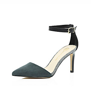 Grey pointed two part court heels