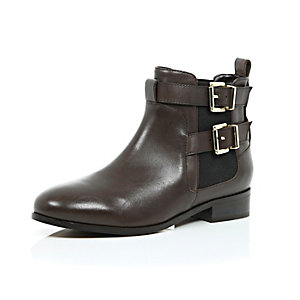 Brown leather double buckle Chelsea boots