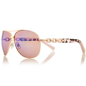 Gold tone chain aviator sunglasses