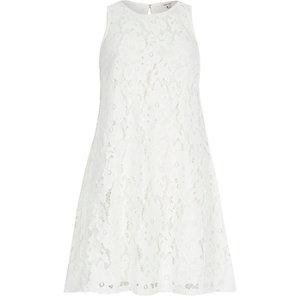 Cream lace sleeveless swing dress