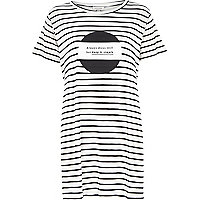 White stripe simple print oversized t-shirt