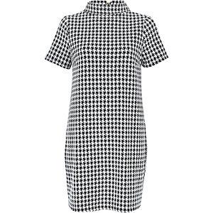 White houndstooth print polo neck dress