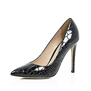Black patent leather croc court shoes