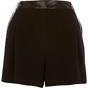 Black leather-look trim smart shorts